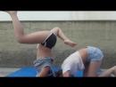 Две девушки и Yoga challenge_ Mia Mia.