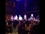 R5 sings the theme song Scooby Doo