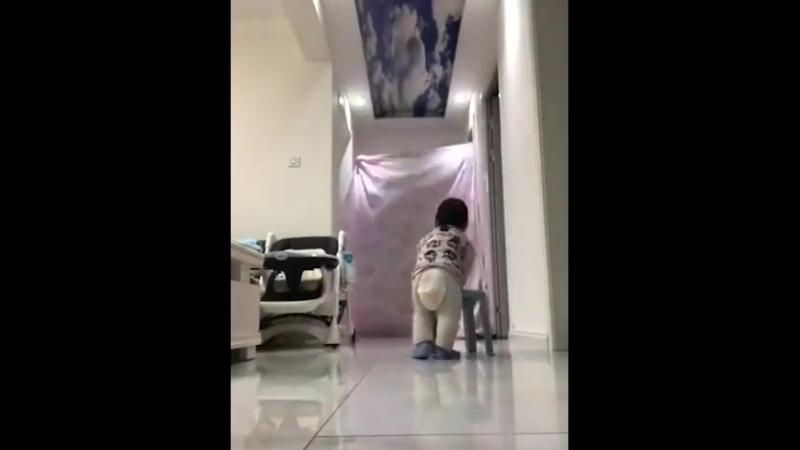 Когда оставили ребёнка с папой