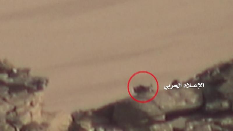 Снайперы хуситов подстрелили двух хадистов в районе Аль-Бука.