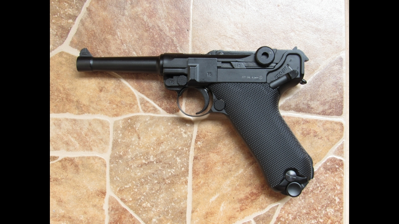 Luger P08 Parabellum. Slow motion
