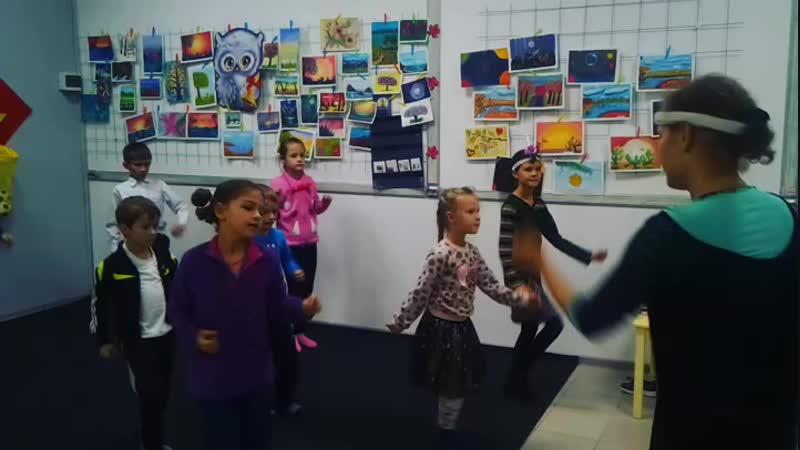 Театрально _ танцевальная студия Семицветик