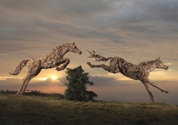 Эти скульптуры словно живые... Ни за что не поверите, из чего они сделаны Настоящий мастер может создать шедевр из чего угодно. К примеру, британский скульптор Джеймс Доран-Уэбб создает свои
