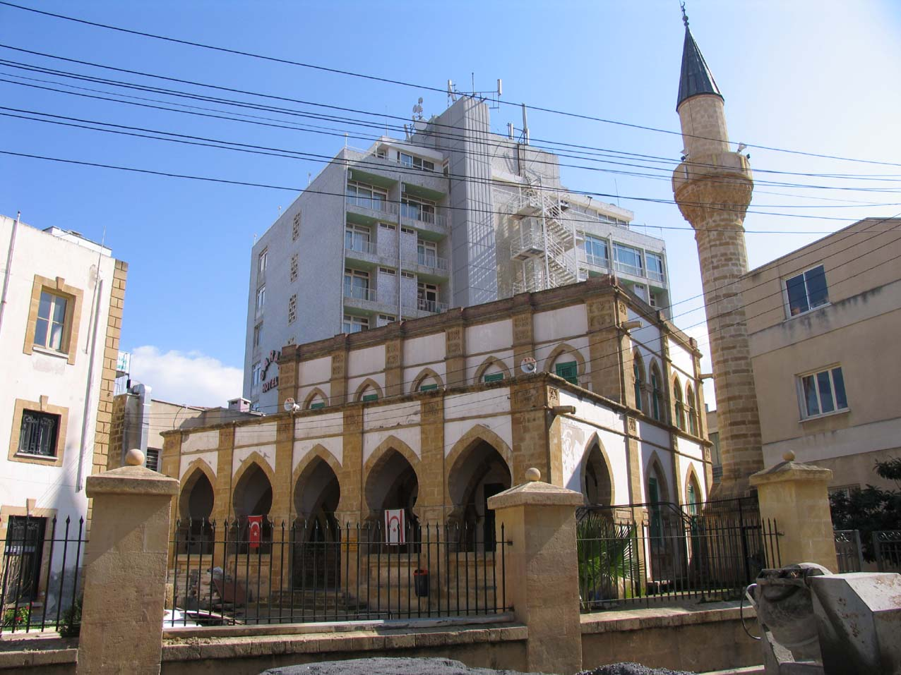 2udcI34_EuA Никосия (Лефкосия) столица Кипра.
