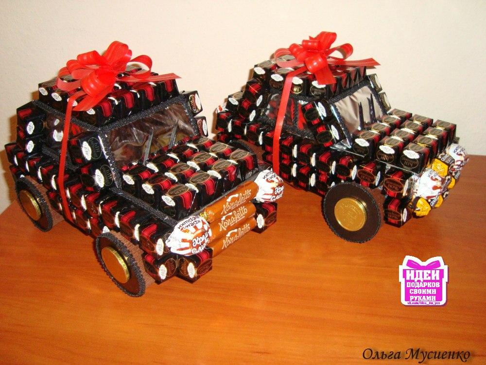 Машинку из конфет своими руками фото