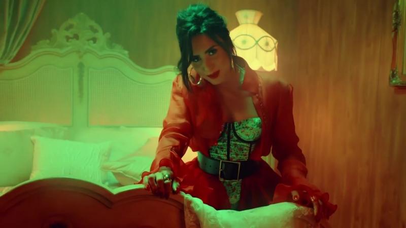 Luis_Fonsi__Demi_Lovato_-chame_La_Culpa_(MosCatalogue.net)