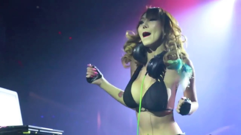 The Villa International Club x DJ Leng Yein
