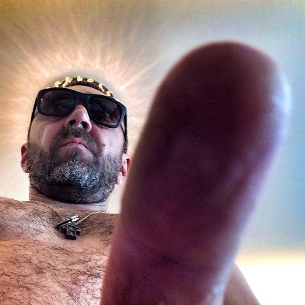 Пальцами в хуй