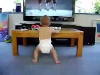 Video chistosos de bebe bailando al escuchar la cancion de Beyonce, bebes bailando, videos tiernos