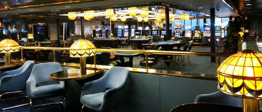 Паром санкт-петербург хельсинки казино как обмануть игровые автоматы с купюроприемником