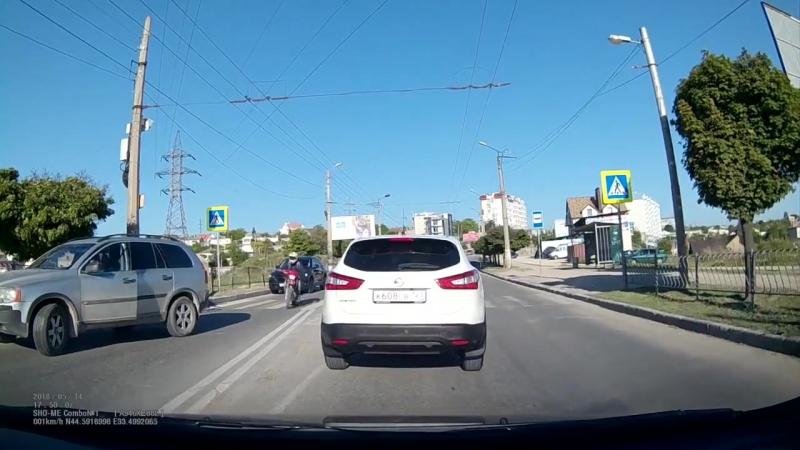 А какая в принципе разница (хорошее настроение, юмор, смешное видео, дорога, нарушает ПДД, велосипед, пешеходный переход, авто).