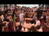 Mamma Mia! - Flash Mob no Shopping Vila Ol