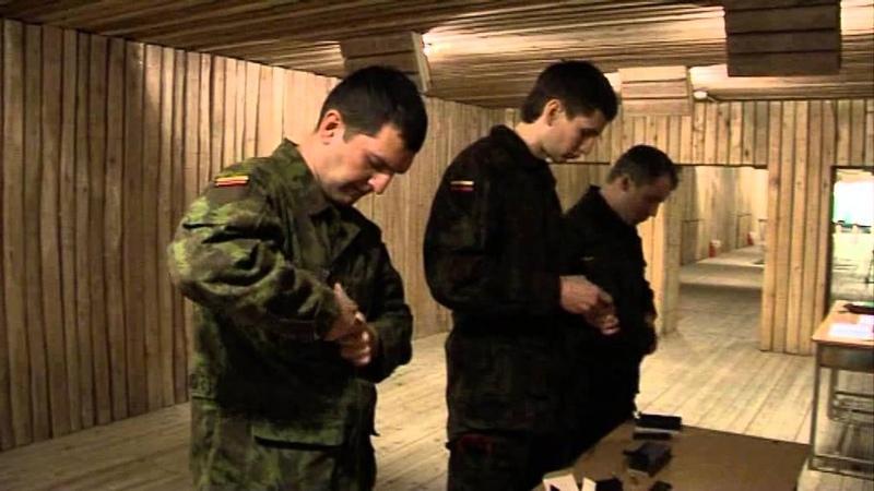Karių savanorių kovinio šaudymo pratybose dalyvavo penkiakovės olimpiečiai
