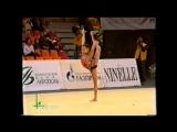 Зарина Гизикова - мяч (многоборье) // Гран-при Москва 2002