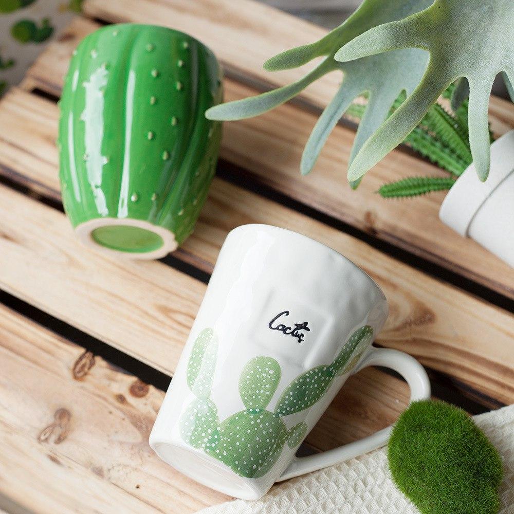 Чашки с кактусами -