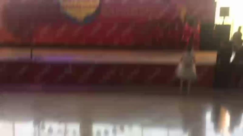 Video-74db304efce2b5f0146dfd3d7e278a99-V.mp4
