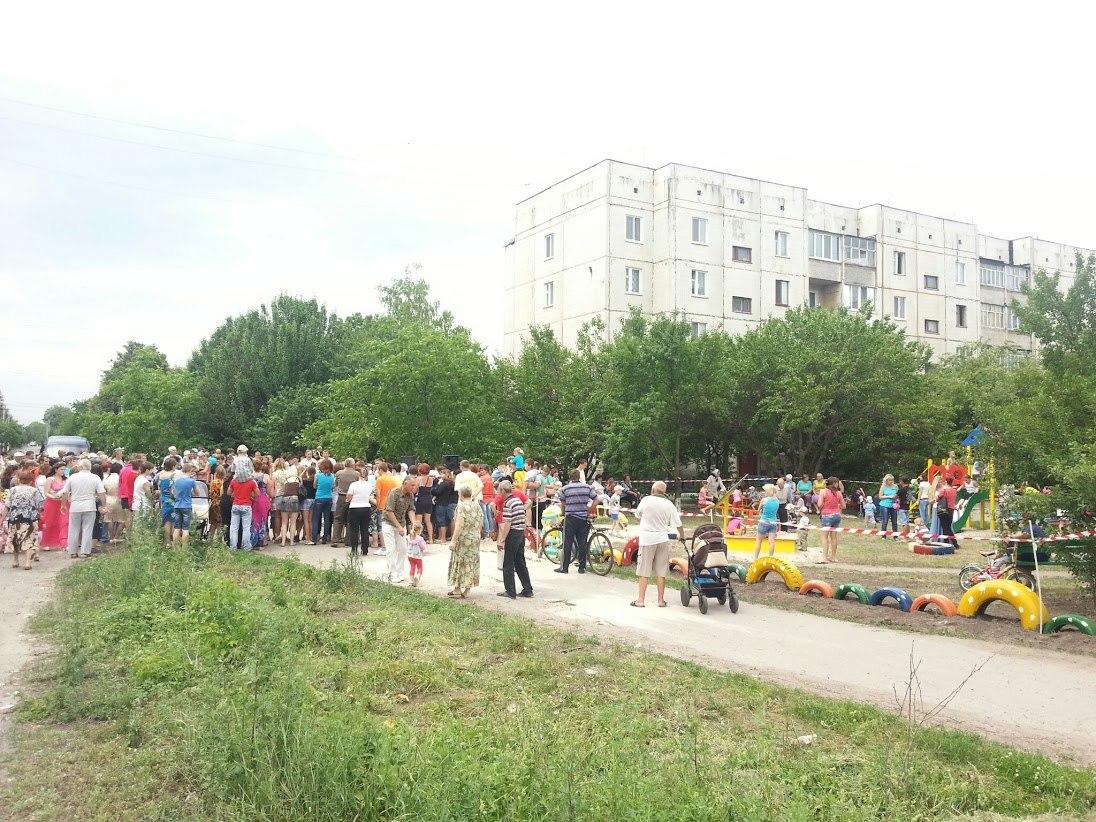 У Миргороді відкрито новий дитячий майданчик.