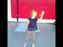 Элементы жонглирования развивают работу обоих полушарий и моторику рук