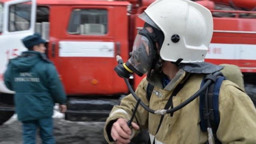Пожарным повысят зарплату дважды