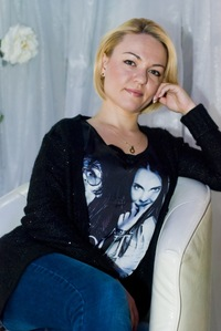 Анна Зуковская