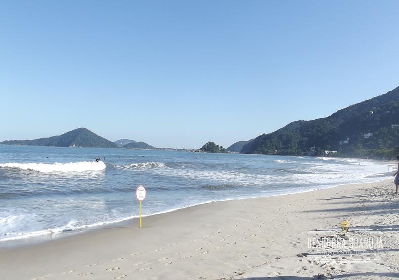 A bela praia de S#227;o Pedro em Guaruj#225;
