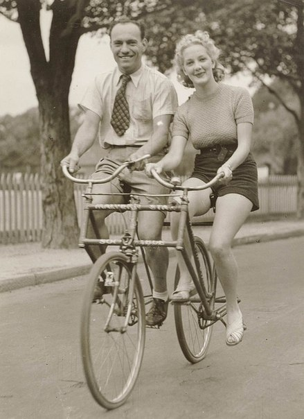 Необычный велосипед 1930-е гг.Австралия