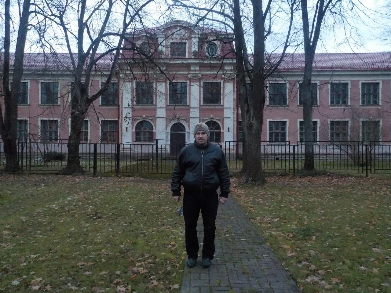 Псковская область в ноябре. Город Печоры - самый западный уголок материковой России