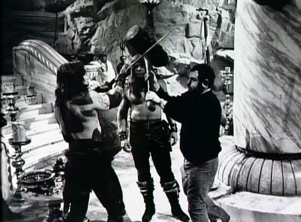ÁLBUM DE FOTOS Conan the Barbarian 1982 - Página 2 3jtFe9DtZaU