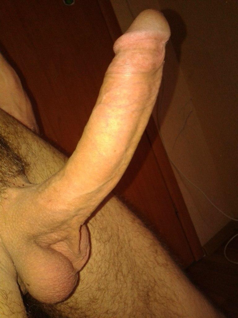 fotki-chlena-porno-grudastih-telok