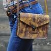Как относитесь к хэнд мейду? .  Проще купить сумку из кожзама, либо качественную кожаную сумку ручной работы?