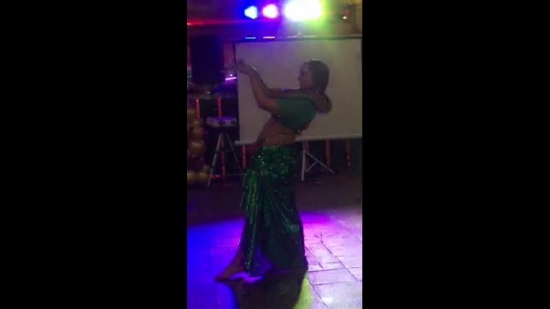 Танец живота со змеей