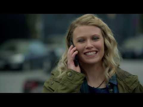 Алиса звонит своему отцу 7x21