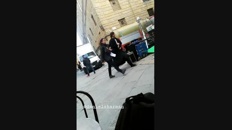 Дэниел на съёмочной площадке сериала «Медичи: Повелители Флоренции» в Пьенце, Италия | 14.11.18