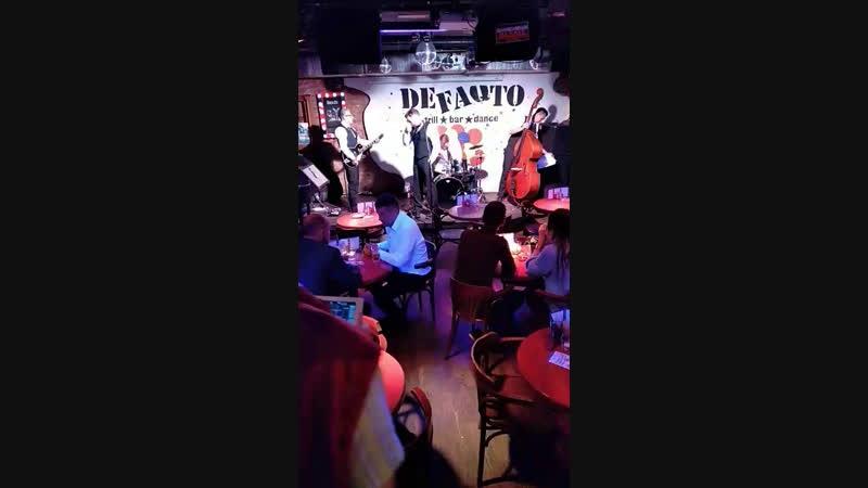 DEFAQTO SPARKS BOYS