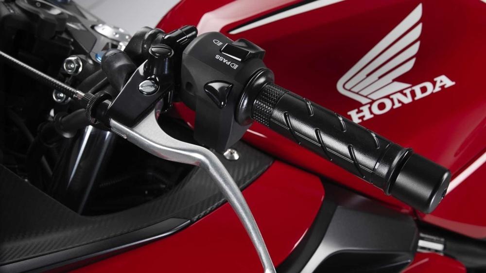 Компания Honda обновила линейку CB500F, CB500X, CBR500R