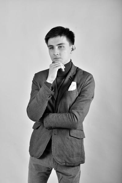 Андрей Карра