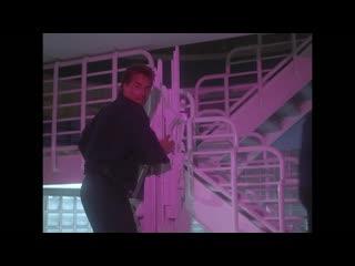 Полиция Майами 3 сезон 18 серия / Miami Vice S03E18 Lend Me an Ear