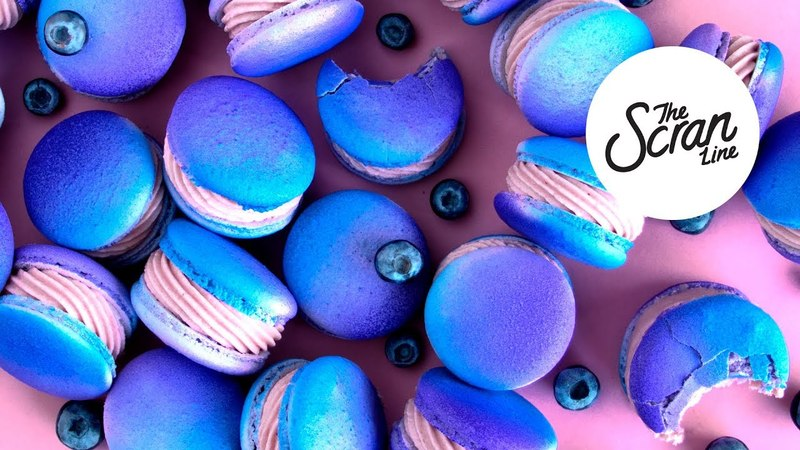 BLUEBERRY CHEESECAKE MACARONS - The Scran Line