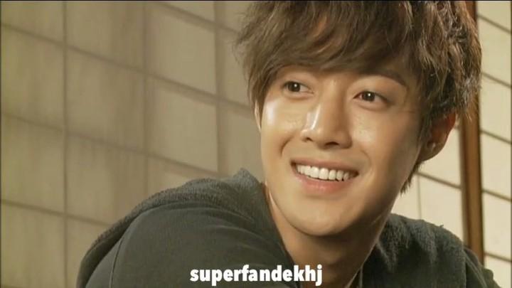 "SuperfandeKhj on Instagram: ""KimHyunJoong KHJnewdrama 시간이멈추는그때 Kimhyunjoong Take_my_hand HENECIA_MUSIC キムヒョンジュン bof playfullkis"