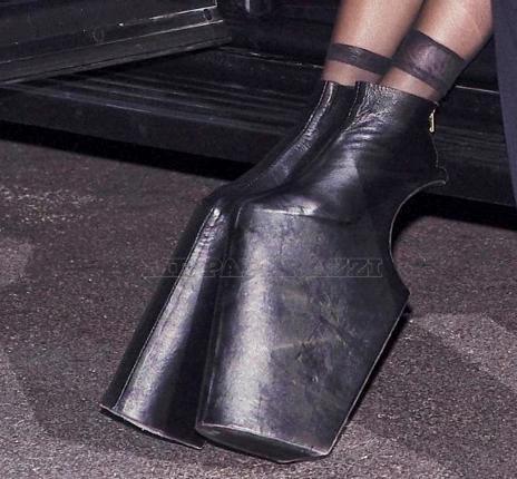 Туфли как у леди гаги