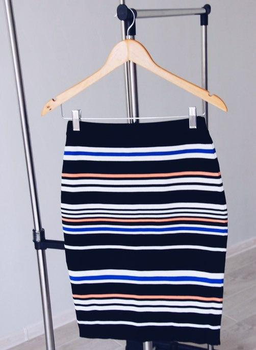 Пост про юбку в полоску