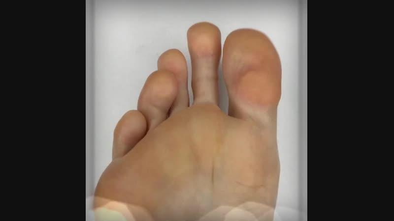Самое время позаботиться о педикюре!👣 Педикюр Golden Trace.🔥 Идеальные ножки!👍🏻