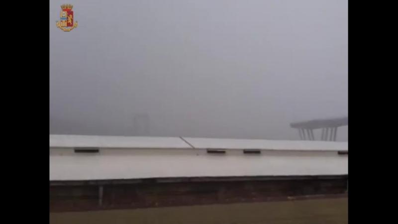 14agosto il video del crollo di PonteMorandi a Genova Polcevera Morandi - @VAIstradeanas @