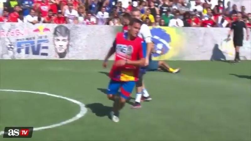 Vdeo Solo poda ser Neymar acrobacias chilenas Disfruten - AScom