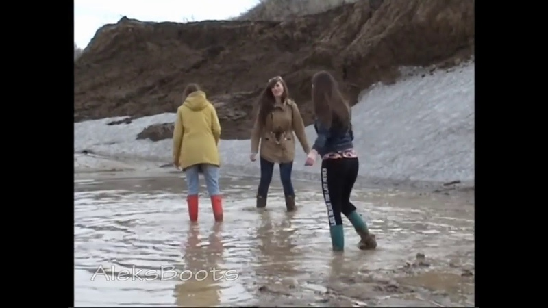 Girls Nastya, Christina and Tanya played in rubber boots in the mud. Part-2(190417)