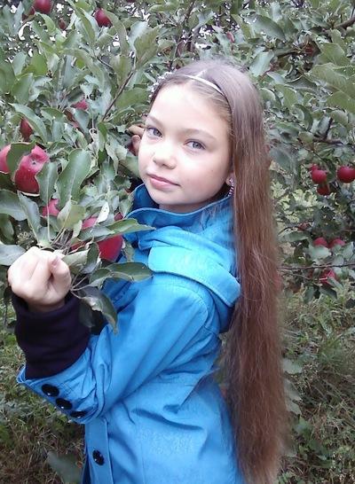 Мария Мазур, 2 августа 1999, Сураж, id201911484