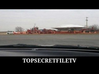 TOP SECRET - UFO-Transport in Cowley County Kansas On A Flatbed Truck By US-Government ! (2011)