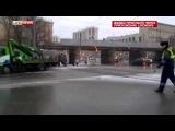Водители сняли полицейского, танцующего в пробке в Москве..