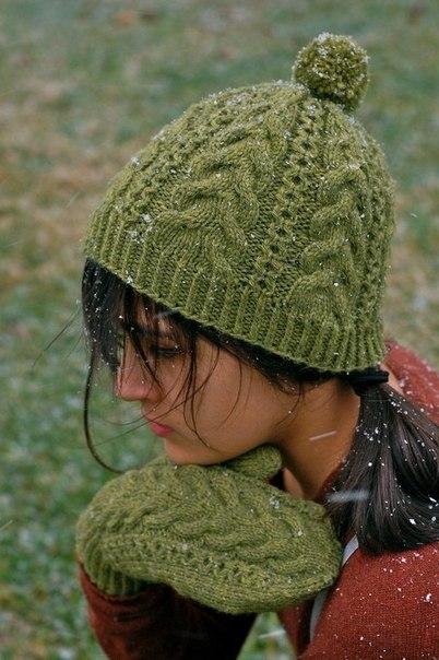 Шапочка и варежки от Kirsten Kapur. Описание (9 фото) - картинка