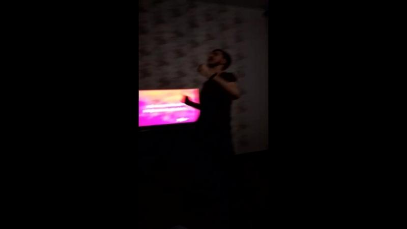 Nick Litmus ft Dirty Sanchez - Supermassive Black Hole